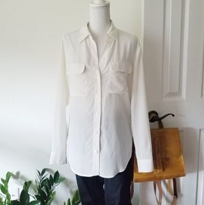 Equipment Slim Signature Silk Button Up Blouse XS